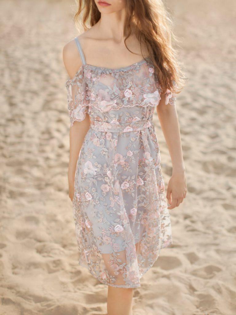 Sukienka koronkowa Lacie