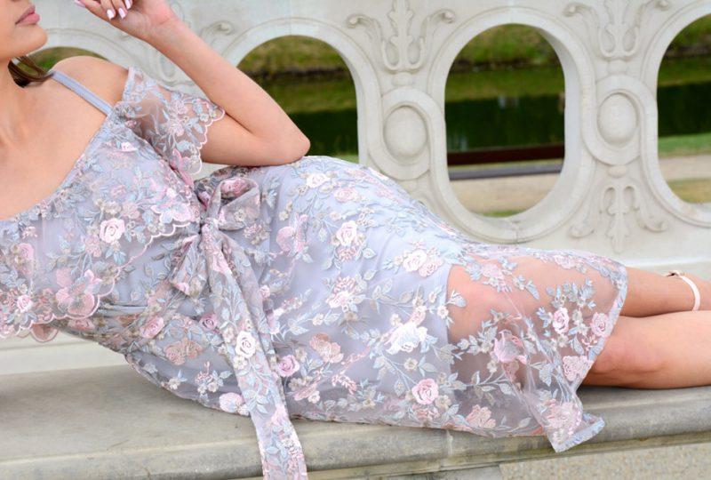 Koronkowa sukienka Lacie
