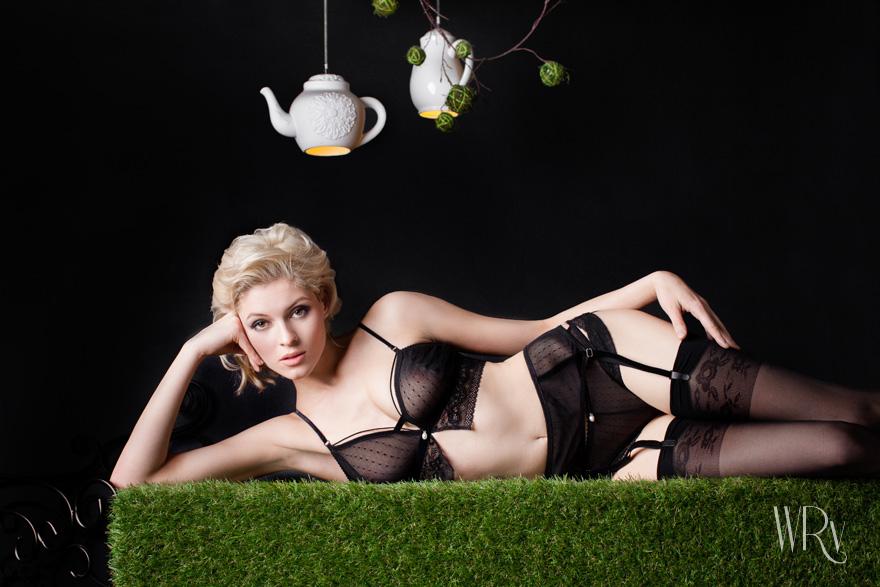 Eleganckie hafty i koronki - Bielizna White Rvbbit
