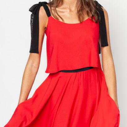 Czerwony top z wiskozy i spódnica First Rose
