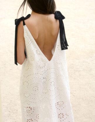 Sukienka biała maxi oversize