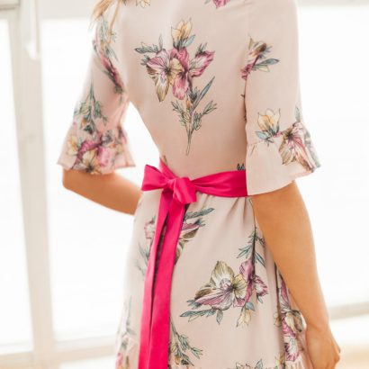 Krótka sukienka w kwiaty Who's That Girll