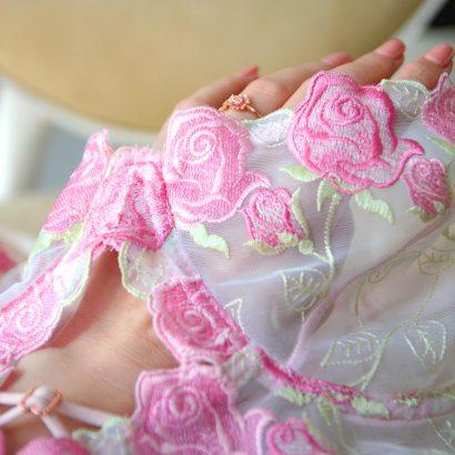 Koronkowy komplet bielizny Mrs. Rose - ręcznie plecione ramiączka